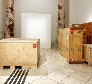 Ausstellungsabbau 📦 🧹🖼️ : Wir verabschieden uns von den beeindruckenden Werken Daniel Spoerris. ...