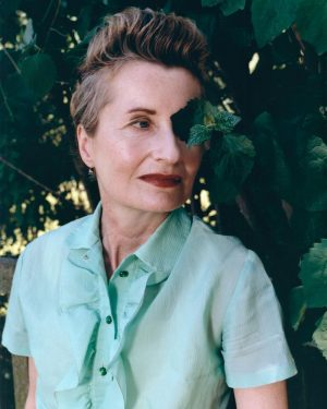 • DAS PORTRÄT EINER PERSON 👩 Prägend für Elfie Semotans Fotografie ist ihre eigene Erfahrung als Fotomodell....