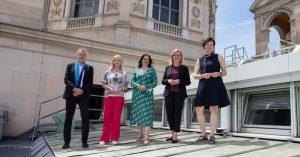 Diese Woche wurde der Österreichischen Nationalbibliothek – neben dem @nhmwien und dem @mak_vienna – das @umweltzeichen als...