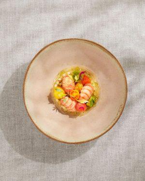 Crayfish with tomatoes, monarda & olive herb #inspired by nature #nährediezukunft #nourishingthefuture #foodofaustria @theworlds50best #guidemichelin #heinzreitbauer #kochcampus...