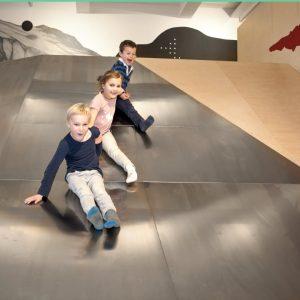Voll Schwung rutschen wir ins Wochenende.✨ Wie wäre es mit einem Familienbesuch im Technischen Museum? Ein heißer...