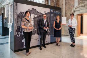 """Heute hatten wir in unserer Wechselausstellung """"Der Kalte Blick"""" den türkischen Botschafter Ozan Ceyhun zu Gast. Er..."""