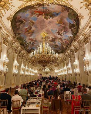 Genießt Mittwochs und Freitags Wiener Lieder von u.a. Michael Ziehrer, Johann Schrammel und Franz Lehar exklusiv in...