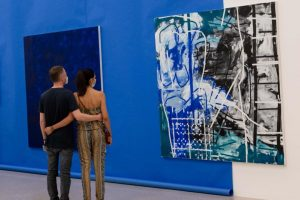 Togetherness in beauty Artist: Heimo Zobernig #artecontemporaneo #mumok_vienna #museumsquartier #heimozobernig #vienna #leica