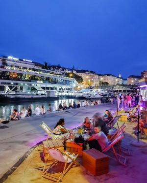 Young people in Vienna love to spend the summer evenings and nights on ...