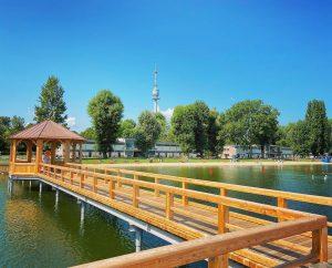"""Im Strandbad """"Alte Donau"""" könnt ihr euch nicht nur erfrischen und abkühlen, sondern ..."""