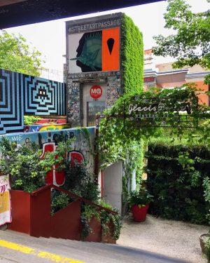 😍#autumnvibes 🌿☀️🌿 #strollingaround #museumsquartier #mq #1070wien #10000schritte #august2021 #summerinvienna #sommerinwien #wien🇦🇹 #wienliebe #wienstagram ...