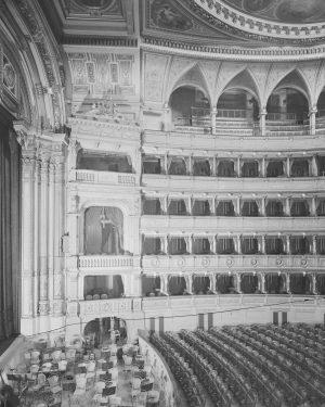 Staatsoper, Zuschauerraum Fotografie um 1940, Martin Gerlach jun., Wien Museum. Wiener Staatsoper
