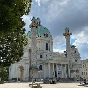Back in Vienna #austria #wien #vienna #art #architecture #architecturelovers #culture #design #style #europe #summer #holiday #vacation #people...