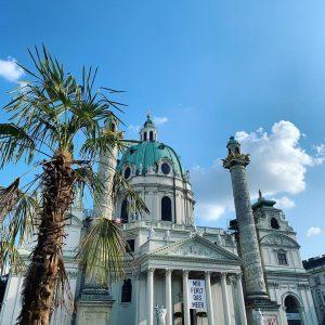 #summerinthecity #vienna #wiennurduallein Wiener Karlskirche