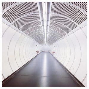#vienna #subway #U1 #symetry #symetryphotography #minimalism #minimal #miminalphotography Wien Hauptbahnhof