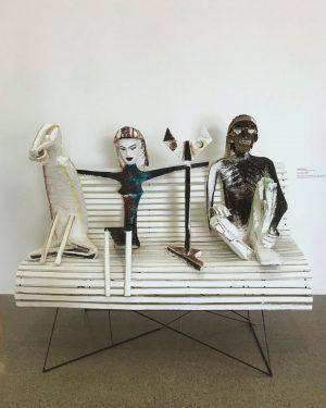 #記録 Wien Australia @mumok_vienna ________________________________ MUMOKとお隣の @leopold_museum はVienna旅行にはmustで立ち寄る場所。(Leopoldは写真撮影厳禁の為なし。日本でも人気のある #egonschiele や #gustavklimt が展示されてます) MUMOKは THE MODERN ART👏 スタッフが気さくで聞けば色々と教えてくれるし、(オーストリアはドイツ語か英語) 確か6階くらいまである大きな美術館なので見応えもありました。 疲れたら外の広場で足を水に浸して涼んでもいいし、ベンチでのんびりしてもいい。...