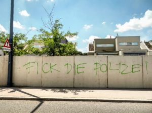 Amen. Wiener Grätzl-Tour 2.29 (Juni 2021) Following the first Covid lockdown in spring ...