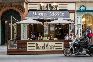 Vroom Vroom 🏍💨 . . #cafedanielmoser #cafevienna #wienliebe #vroomvroom #bikelife #viennacitylife