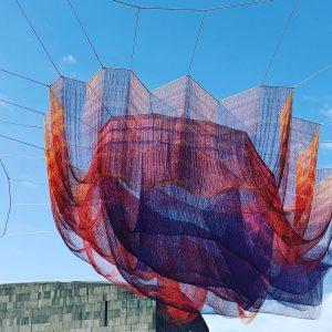 #janetechelman #netzskulptur #earthtime #earthtime1.78vienna #igersvienna #igerswien #wien #vienna #museumsquartier #mq #mumok MQ – ...
