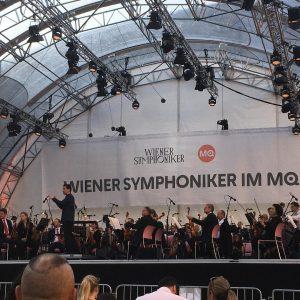 Privilégio de ouvir de graça essa orquestra maravilhosa! MQ – MuseumsQuartier Wien
