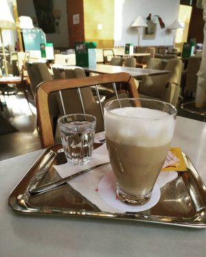#austria #vienna #österreich #wien #kaffeehaus #coffeehouse Café Prückel