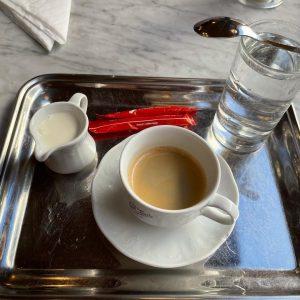 Ein kleiner Brauner in Wien 😀 Café Sperl