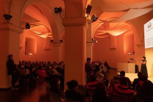 Yesterday, the Indigenous National Congress introduced itself in the Ovalhalle of the MuseumsQuartier Wien. Afterwards there was...